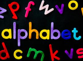 Quelques astuces pour développer le vocabulaire de votre enfant